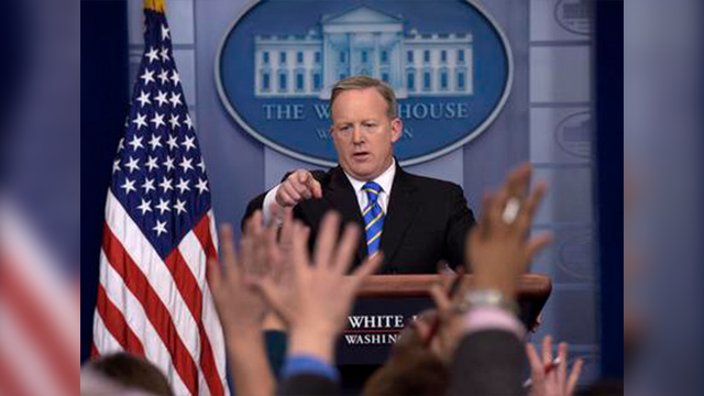 White House press secretary Sean Spicer calls on a reporter during the daily briefing at the White House in Washington, Tuesday, Jan. 24, 2017. Spicer answered questions about the Dakota Pipeline, infrastructure and jobs. (AP Photo/Susan Walsh)