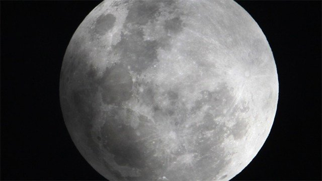 Partial lunar eclipse expected tonight