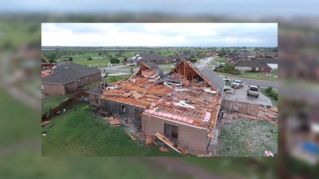 Tornado touches down in Oklahoma, no injuries reported