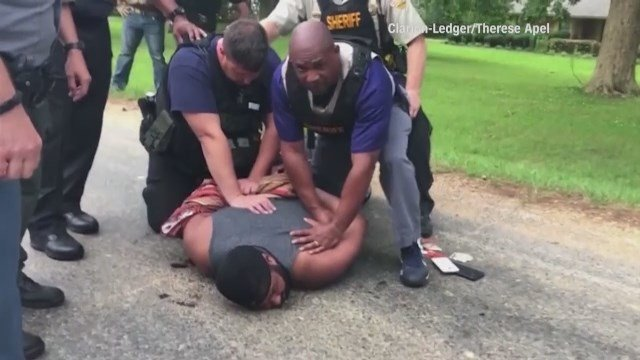 Raw Video: Mississippi murder suspect arrested