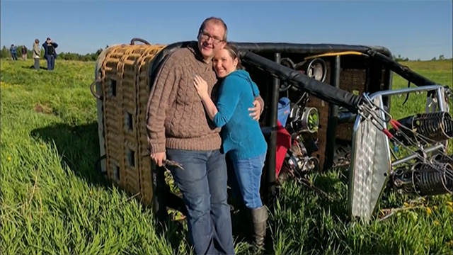 Hot air balloon crashes after couple gets engaged on board