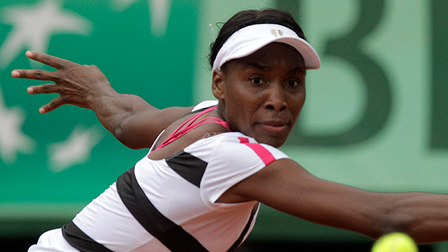 Venus Williams determined to have entered intersection legally in crash