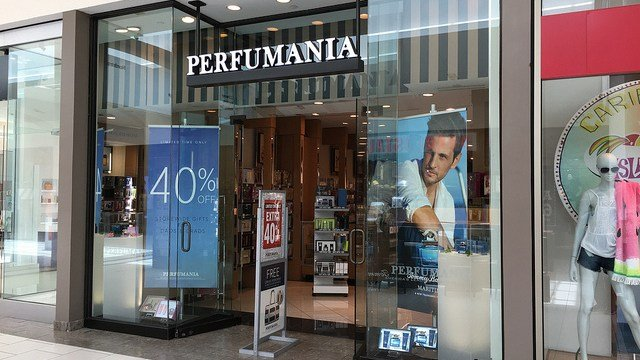 Perfumania files Chapter 11; to close more stores
