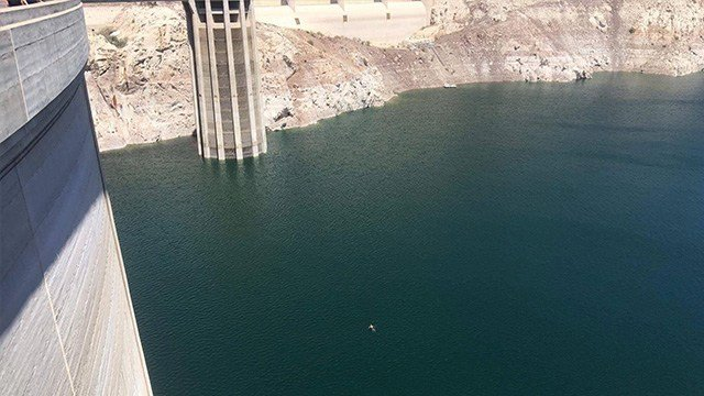 (Source: KVVU) A man visiting Las Vegas from North Wales jumped into the Hoover Dam and successfully swam from the Arizona side to the Nevada side.