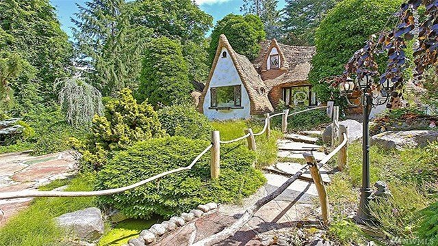 Snow White's cottage is officially up for sale.  It was created by a family who lived in it until 2005. After they sold it, the next home owner continued the tradition, adding to the magic of the property.
