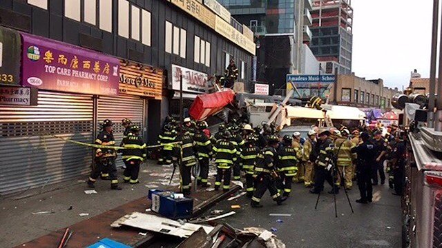 Bus Crash in Queens Injures More Than a Dozen