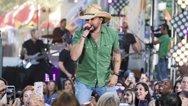 Jason Aldean performs on NBC's Today show at Rockefeller Plaza on Friday, Aug. 25, 2017, in New York. (Photo by Charles Sykes/Invision/AP)