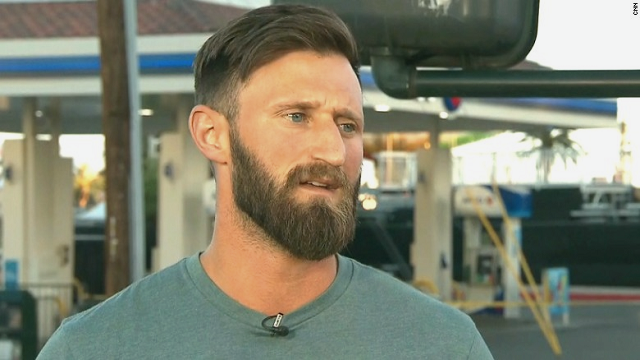 When a gunman started firing into a crowd of concertgoers in Las Vegas on Sunday night, Iraq war veteran Taylor Winston thought on his feet. (CNN)