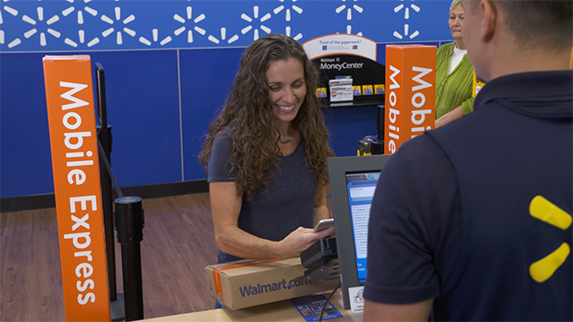 Walmart leverages stores for online shopping returns