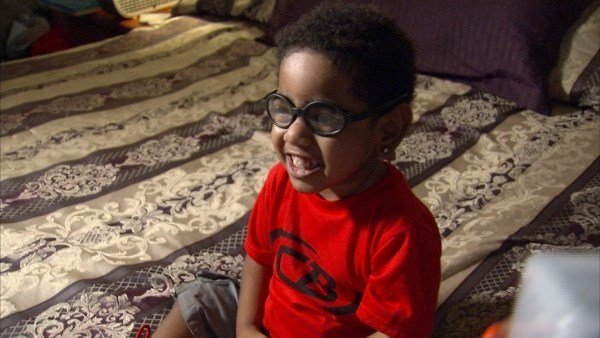 A mother says an Atlanta hospital is unfairly endangering her 2-year-old son because of his father's mistakes. (WGCL)