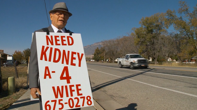 Utah man takes to the streets to find kidney donor for wife