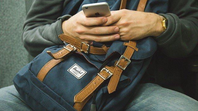 Airlines Ban Smart Bags That Lack Removable Batteries