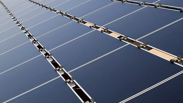 Trump slaps tariffs on foreign solar cells and washing machines