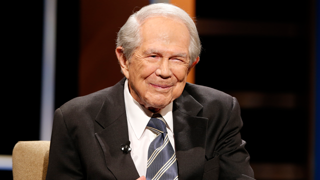 CBN Officials: Pat Robertson recovering from stroke