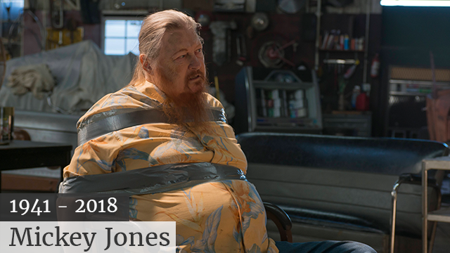 "(Prashant Gupta/FX via AP) This image released by FX shows Mickey Jones as Rodney ""Hot Rod"" Dunham in a scene from ""Justified."" Jones, 76, a native of Houston, Texas, native, who worked steadily in TV and film since the 1970s, died early Wednesday..."