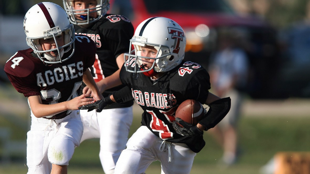 California lawmakers want to ban tackle football before high school