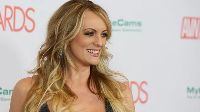 (CNN) Adult film actress/director Stormy Daniels attends the 2018 Adult Video News Awards at the Hard Rock Hotel & Casino on January 27, 2018 in Las Vegas, Nevada.
