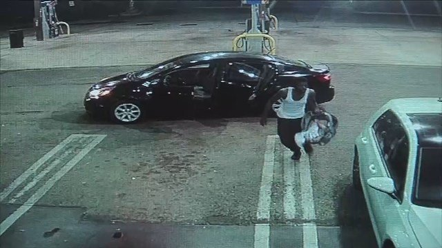 Thief seen on camera returning baby left in stolen car