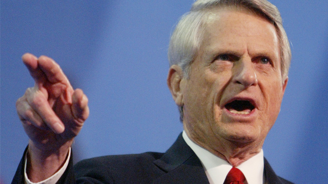 Democratic Sen. Zell Miller, of Georgia, gives the keynote address at the Republican National Convention Wednesday, Sept.1, 2004, in New York. (AP Photo/Joe Cavaretta)