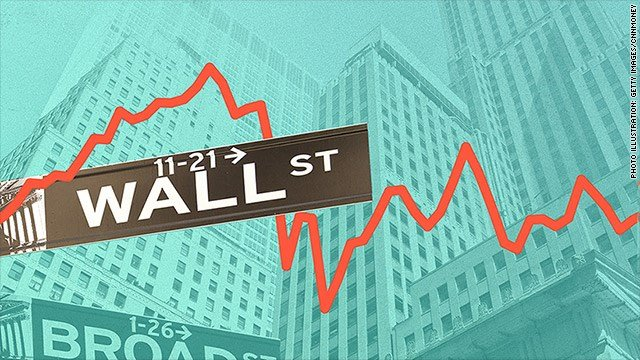 Dow sinks 700 points amid fears of trade war