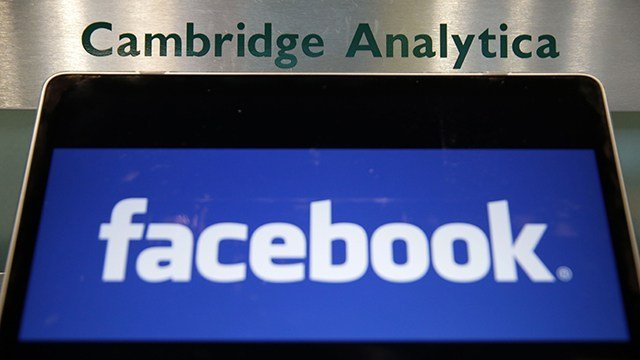 Facebook admits to secretly deleting messages Zuckerberg sent through Messenger app