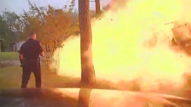 Police dashcam captures video of house exploding in Texas