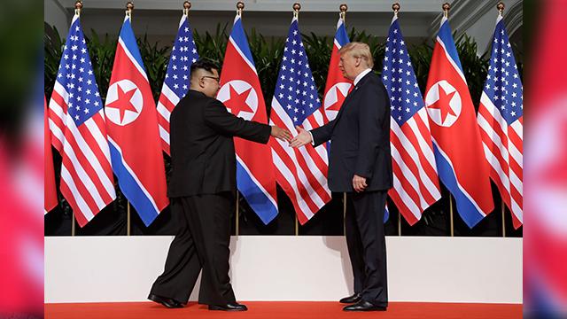 President Trump meets Kim Jong Un
