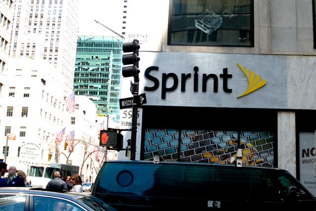 Sprint Nextel said Monday that it has agreed to sell a 70% stake to Japan's SoftBank for $20.1 billion, completing a deal that has been reported in the works for several days.  (CNN)