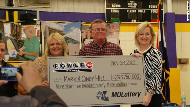 Lottery winners Mark and Cindy Hill are giving back to their community.  (CNN)
