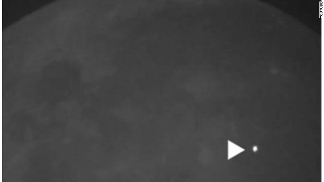 A meteoroid struck the surface of the moon recently, causing an explosion that was visible on Earth without the aid of a telescope, NASA reported Friday. But don't be alarmed if you didn't see it; it only lasted about a second.