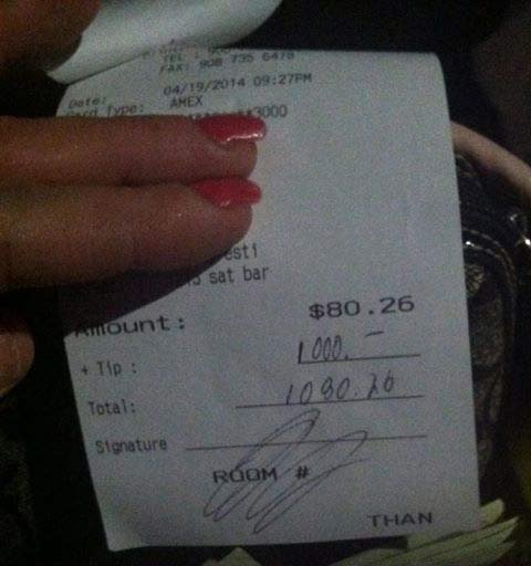 A customer left Clinton, New Jersey, Holiday Inn bartender Christina Summitt a $1,000 tip, telling her to put it toward her dog's surgery. Photo: Christina Summitt/iReport