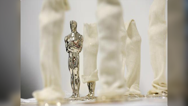 Oscars Swag Bag Items Photos 2016 2 in addition Oscar Nominees Have These Gifts In The Bag likewise Oscars Swag Bag Items Photos 2016 2 in addition Get Fit Celebrity Style as well You Will Not Believe Whats In The Oscar Nominees 85000 Gift Bags. on oscar nominee swag bag