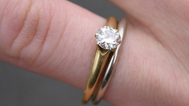 Police search for wedding ring lost in Halloween candy bag CBS46 News