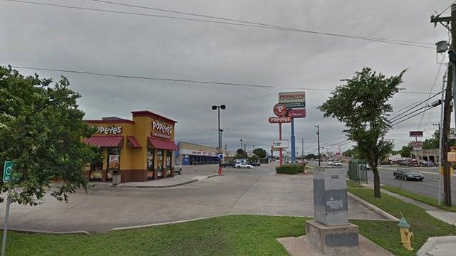 Father shoots gunman threatening family in Texas restaurant WFSB