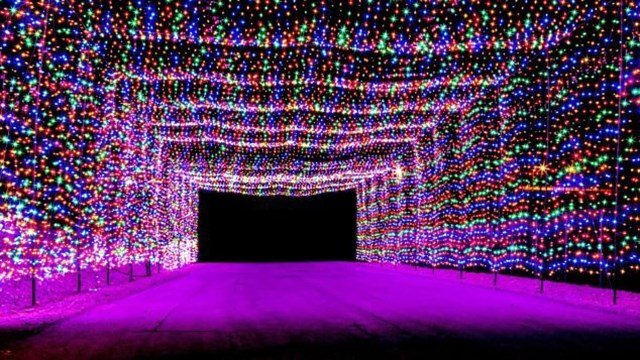 Best Places For Christmas In Usa.7 Best Places To See Christmas Lights In The Usa Wfsb 3