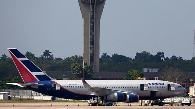 Plane crashes on takeoff from Havana airport, casualties ...