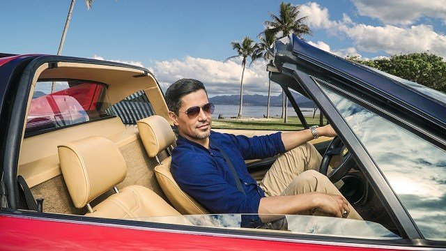 MAGNUM P.I. is a modern take on the classic series starring Jay Hernandez (pictured) as Thomas Magnum, a decorated former Navy SEAL who, upon returning home from Afghanistan, repurposes his military skills to become a PI in Hawaii. (CBS via Getty)
