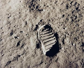 Caption: Image of Buzz Aldrin's bootprint on the lunar surface.