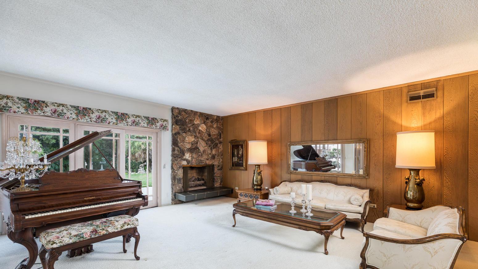 Elegant Link To Slideshow: Slideshow: Peek Inside The U0027Brady Bunchu0027 House